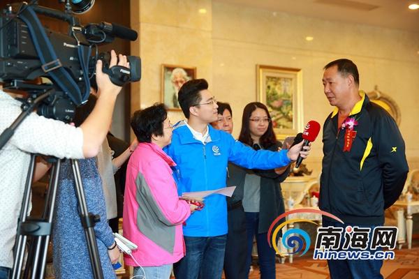 部分住琼全国政协委员启程赴京出席全国两会