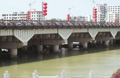 三亚大桥历经近50年隐患重重 将拆除重建