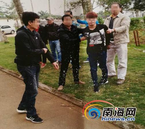 <b>海口警方从在押人员口中挖线索 破获广东持枪杀人案</b>