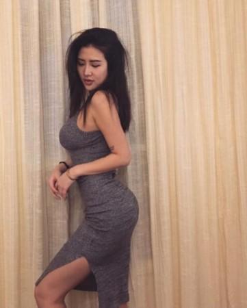 台湾女健美制服脱下走红秀瑜伽护士身材交做超你性感美女图片