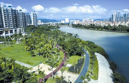 坚持绿色生态不动摇 让三亚天更蓝山更绿水更清