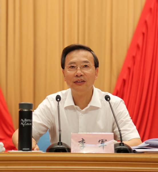 刘赐贵对全省宗教工作会议作出批示:牢牢掌握宗教工作主动权