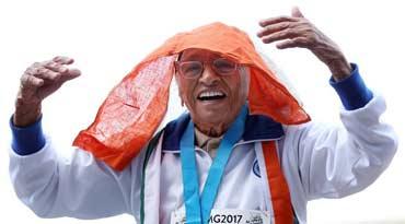 101岁老人跑出世界冠军