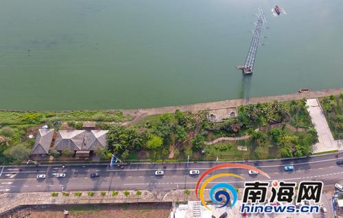 海口红城湖东岸小游园开建  绿地面积约2万平方米