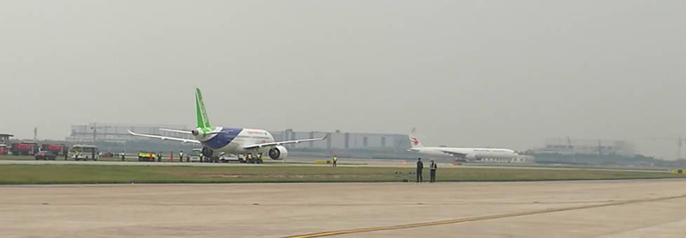 视频  成功起飞!看我国产大飞机c919翱翔长空