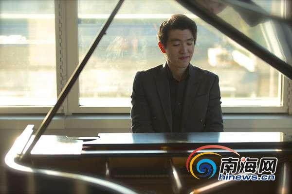 独家专访| 劳伦斯·赵:望海南首演能给大家带来温暖