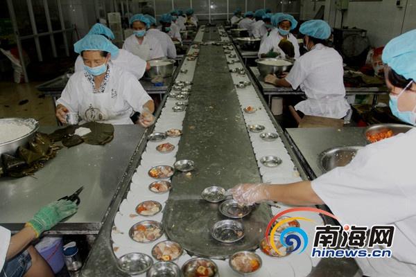 """<b>""""那大广和""""粽打造儋州粽子品牌采用""""现代+传统""""煮制工艺</b>"""