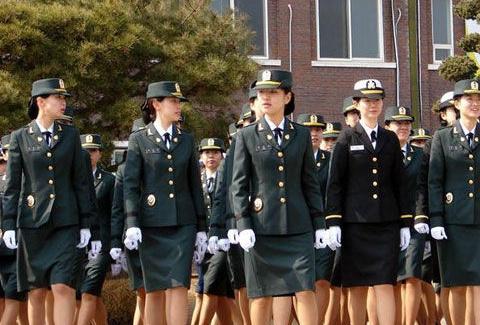 韩海军一女中尉疑遭上司强奸自杀:我将在这世上消失