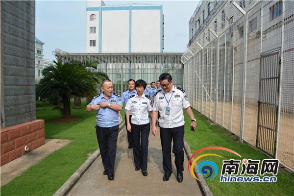 海南省新康监狱组织党务工作者到省示范党支部参观学习