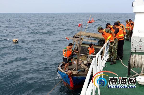 2名渔民夜晚出海垂钓遇险海南海警成功救助