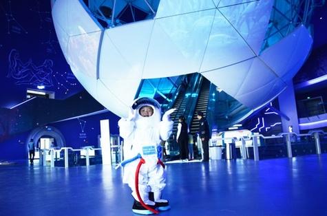 六一儿童节,在梦东方未来世界放飞航天梦
