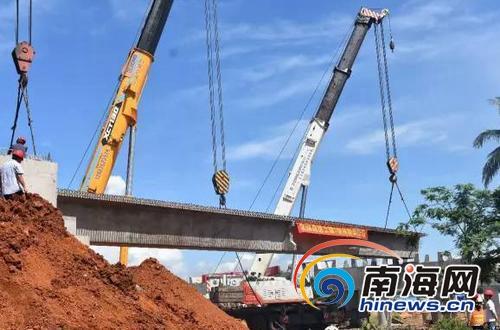 文琼高速进入架梁施工阶段全长65.7公里途经多镇