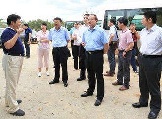 国务院发展研究中心调研组来儋调研养老小镇建设