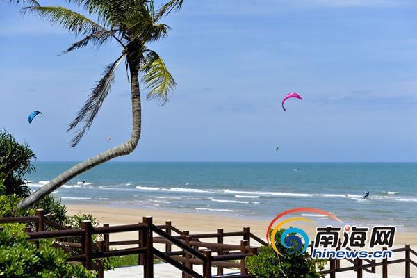 <b>美翻了!琼海博鳌金湾海滩碧海椰风竞风流</b>