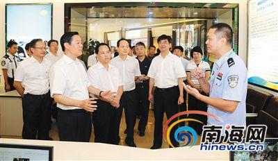 刘奇葆在海南调研 考察三亚市中廖村等地
