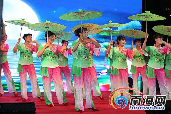 海口市广场舞大赛火热开赛首场初赛22支队伍激情斗舞