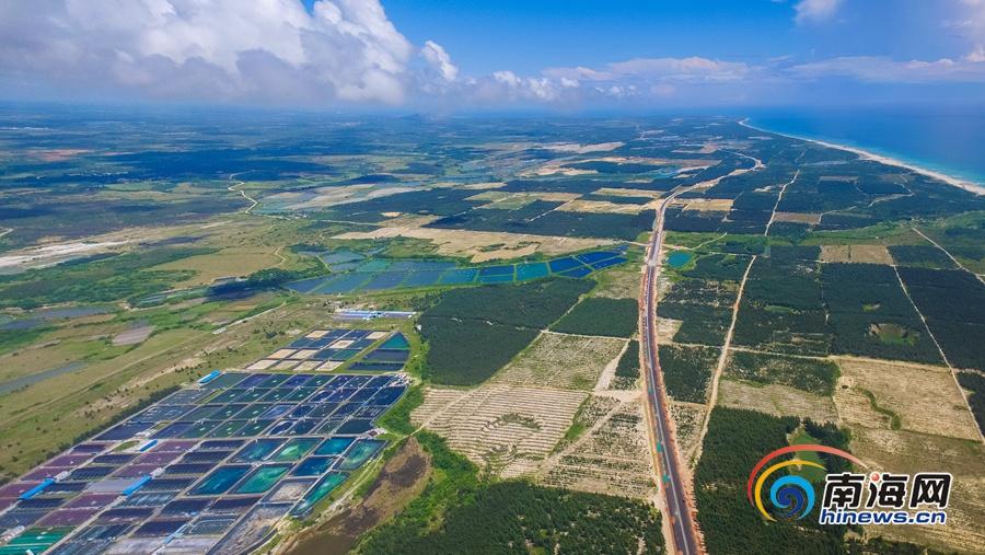 文昌滨海旅游公路串起最美风景线 昌铺段路基桥涵基本