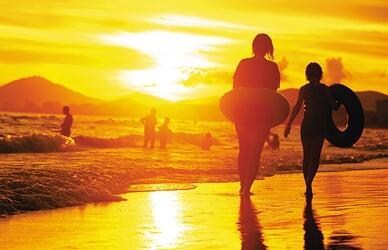 旅居民激增三亚逐步迈入旅居社会 资源面临挑战