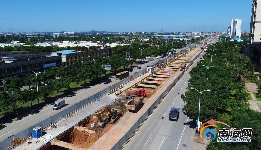 瞰海南| 航拍海口椰海大道地下管廊建设 计划明年4月完工