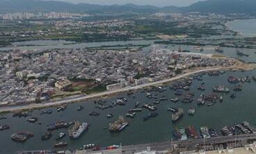 崖州中心渔港累计卸载渔货3万吨 兼备颜值与内涵