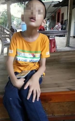 因患病学校拒收 12岁脑瘫少年:我真的很想上学