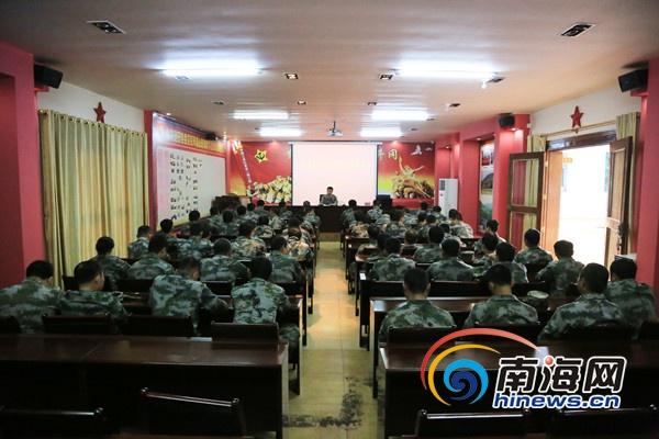 定安县人武部到母瑞山开展缅怀革命先烈、宣讲党的十九大精神活动