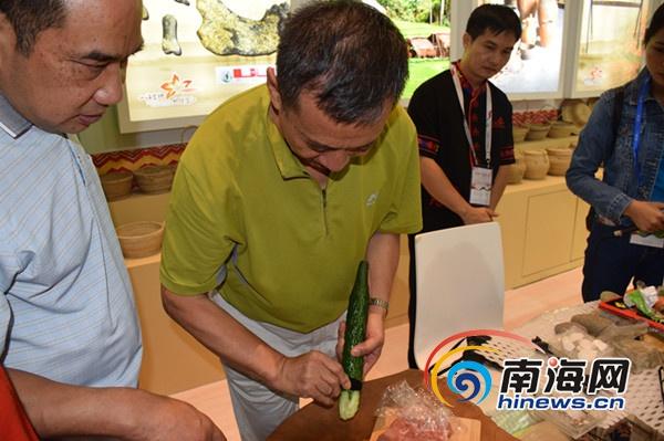三亚国际文化产业博览会:古为今用 石头可切肉