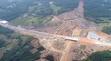 """海南将迈入""""县县通高速""""时代 两条高速公路项目开工"""