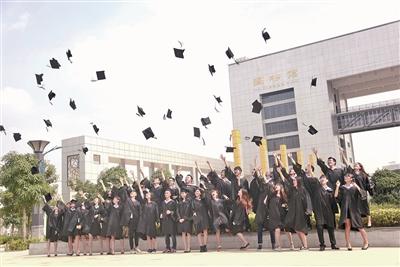 广西财经学院思想政治教育工作侧记