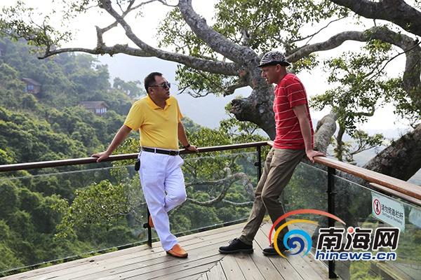 纪录片《四季中国》在亚龙湾热带天堂取景拍摄
