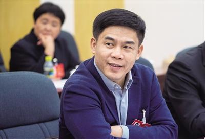 省人大代表、文昌市委书记钟鸣明:确保文昌航天科技城今年内实质性启动