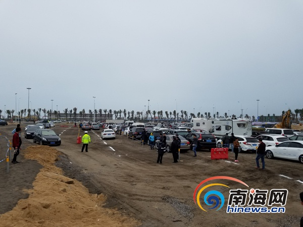 <b>海口新海港3万平米应急停车场投入使用 将继续扩建至5万平米</b>