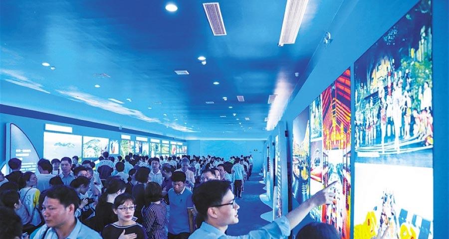 组图 | 海南庆祝建省办经济特区30周年活动精彩纷呈