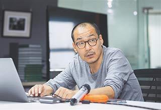 """摄影人王军:用镜头为奋进海南""""画像"""""""