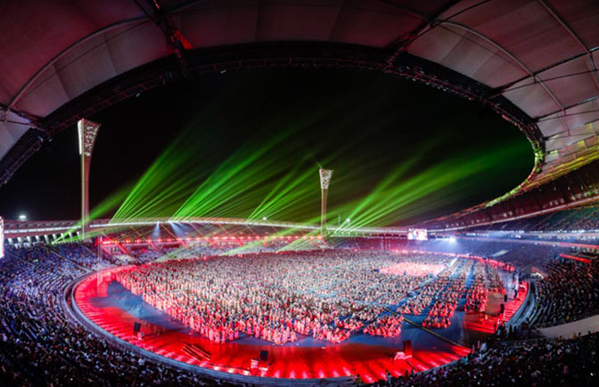 万人同跳竹竿舞献礼海南建省30周年 刷新吉尼斯世界纪录