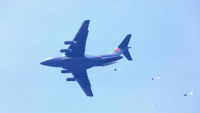 """战巡南海、绕岛巡航…空军有""""飞出去""""的主心骨"""