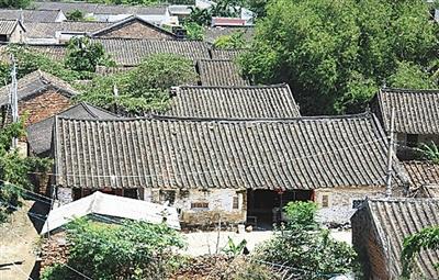 <b>海南周刊 乐东丹村:在500年老建筑中留住乡愁</b>