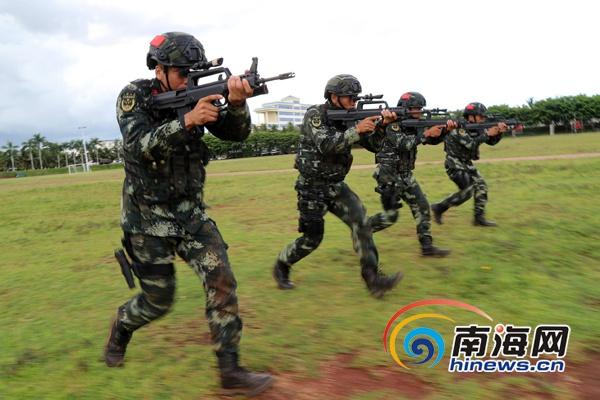 <b>武警海南省总队紧贴实战提升特战官兵作战能力</b>