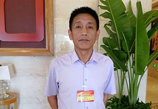 海南省工会第七次代表大会代表章文