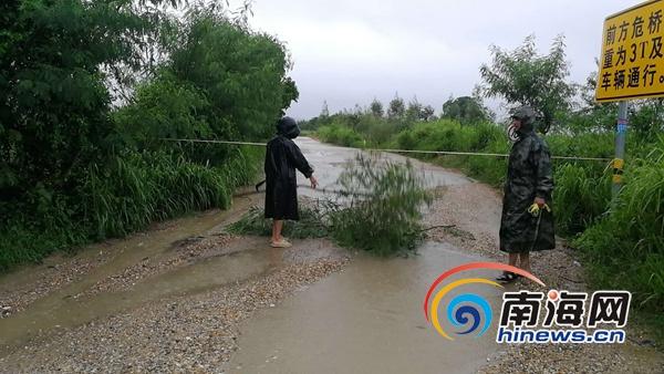 南海网记者从儋州市海头镇政府获悉,受热带低压影响,截至8月10日上午