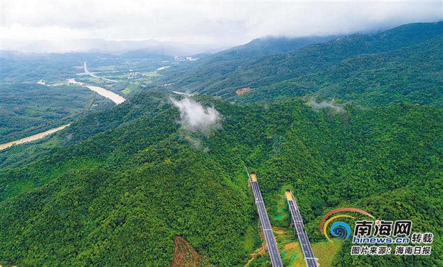 海南积极推进贫困地区高速公路、农村公路建设 助力乡村振兴