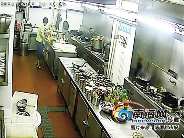 三亚20家餐厅实现后厨手机直播 吃货点外卖放心啦