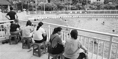 海口263家游泳场馆238家证照不全
