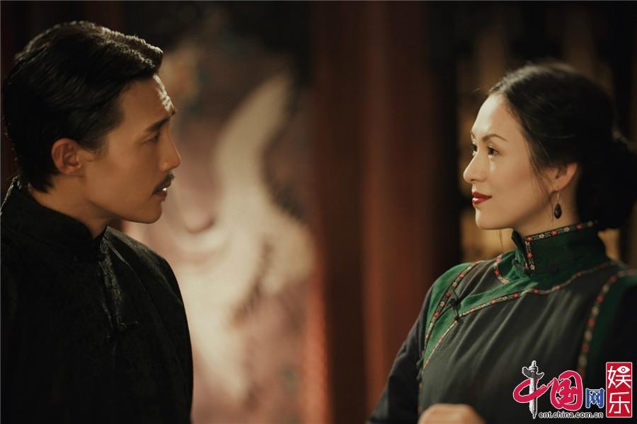 章子怡张馨予刷榜热搜《我就是演员》收视口碑爆发