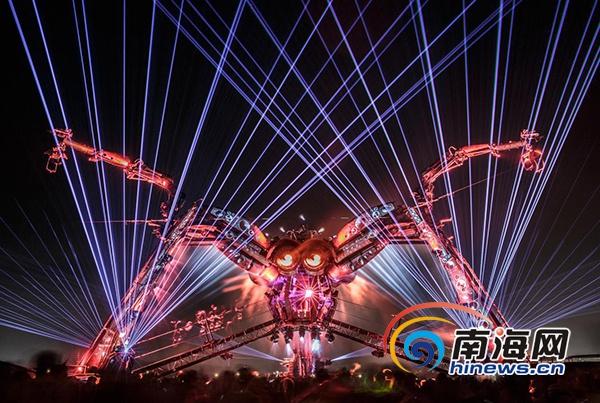 """科幻巨兽""""Arcadia大蜘蛛""""将亮相第二届三亚国际音乐节[图]"""