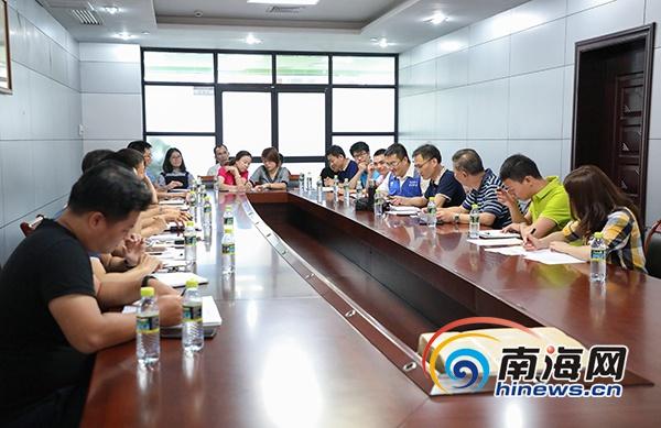 省工信厅实地考核海南互联网+众创中心倾听企业发展需求