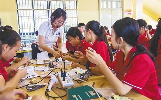 陵水开展创客教育 提升青少年综合素质