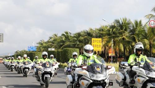 陵水启动公安交警摩托化巡逻勤务 快速精准处置各类突发警情