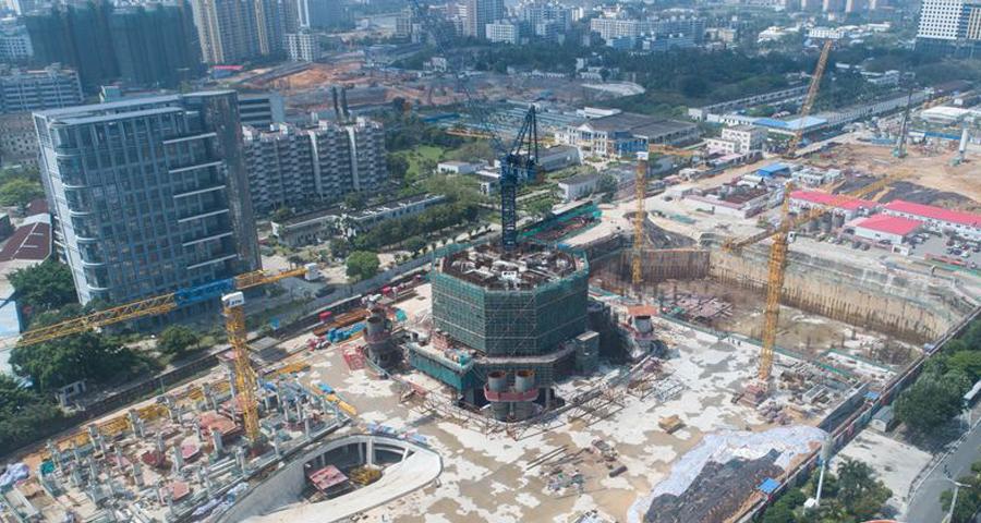 航拍海口双子塔·南塔 年内将施工至地上40层