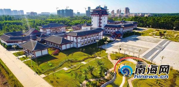 临高县文化艺术中心成文艺活动重要阵地 丰富市民业余文化生活